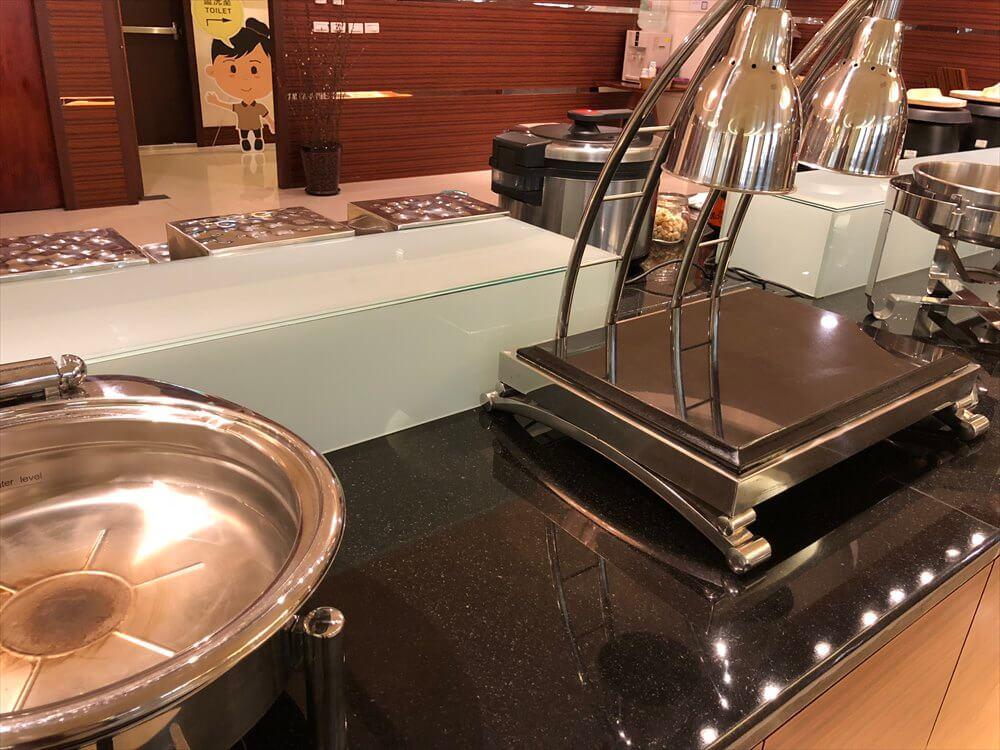 花蓮のアルスマホテルの朝食会場(無人)2