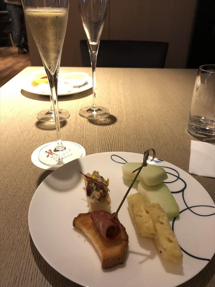 台北マリオットホテルのラウンジのハッピーアワーオードブル6