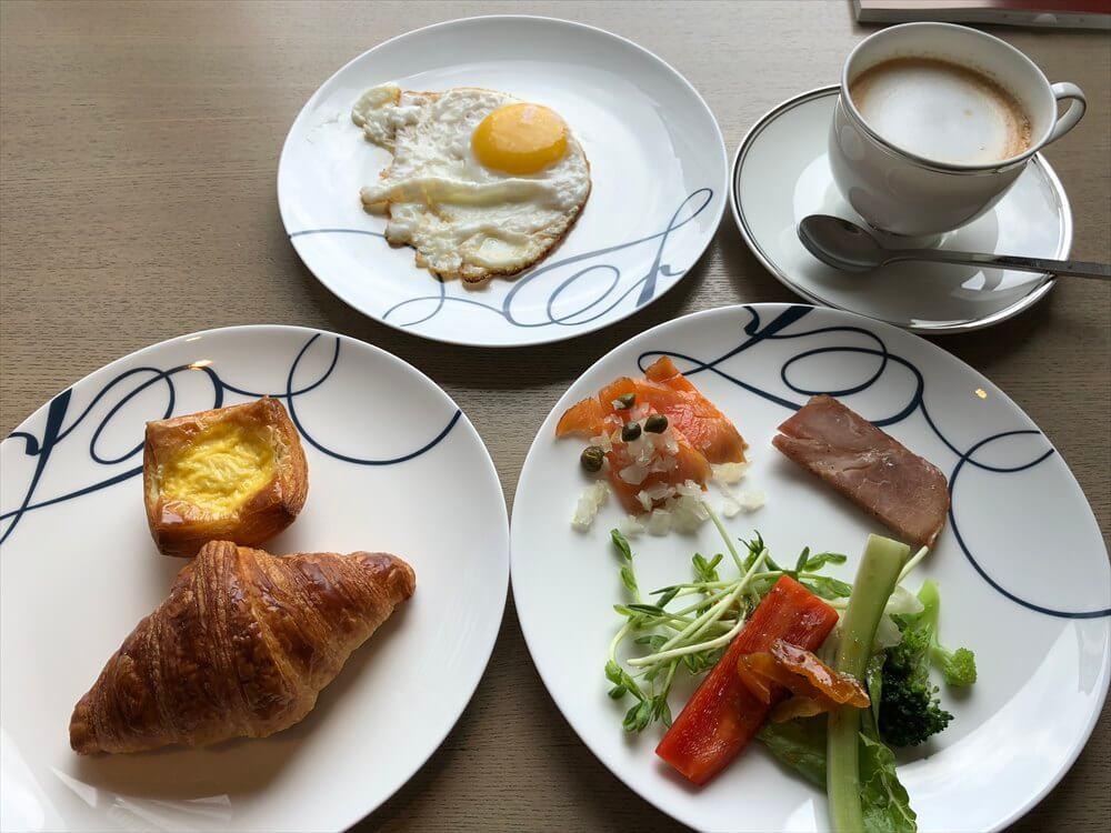 台北マリオットホテルのラウンジの朝食4