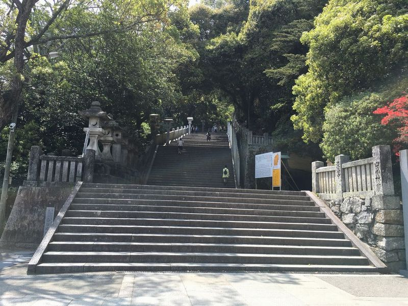 金刀比羅宮のきつい階段