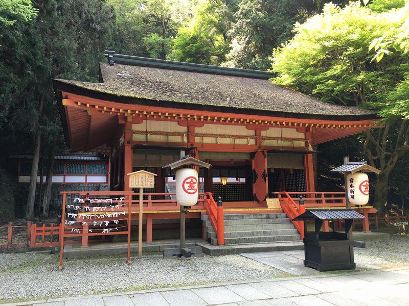金刀比羅宮の白峰神社