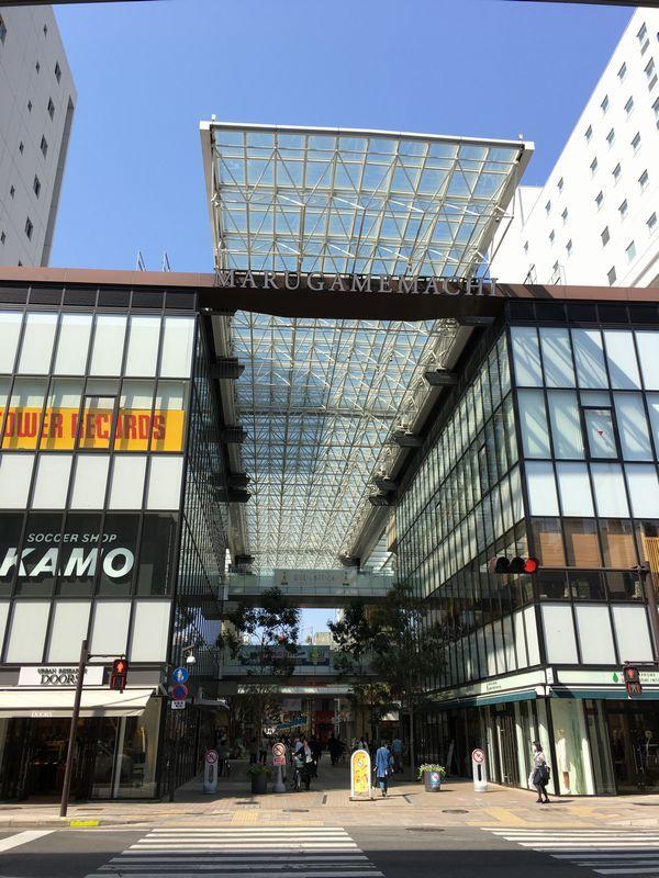 晴天の高松市内