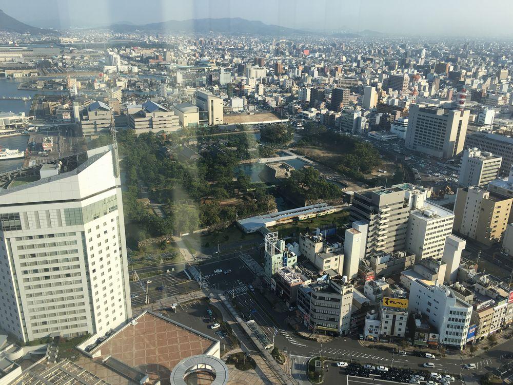 高松シンボルタワーからの高松城跡