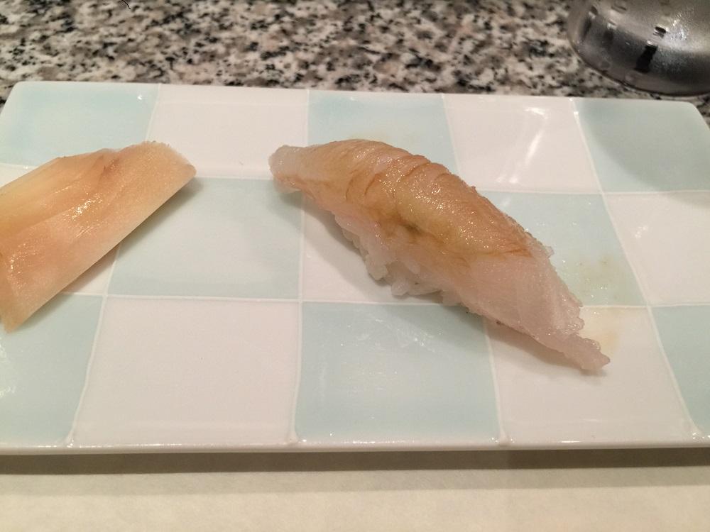 天駒マコガレイの寿司
