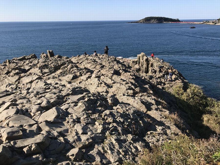 東尋坊の断崖絶壁2