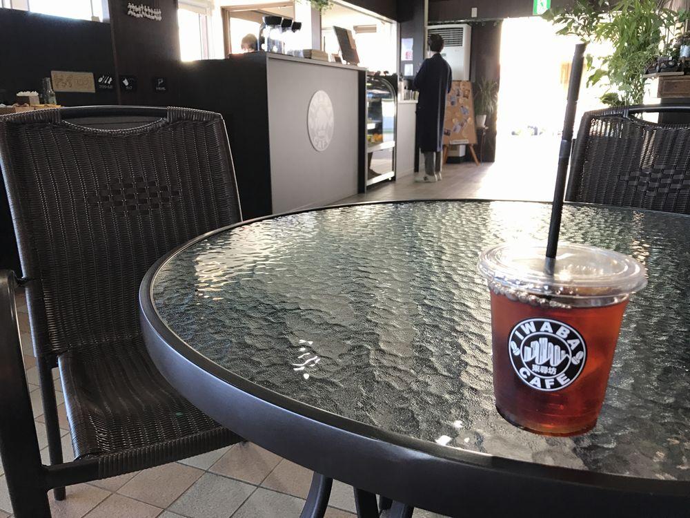 IWABA CAFEでアイスティー