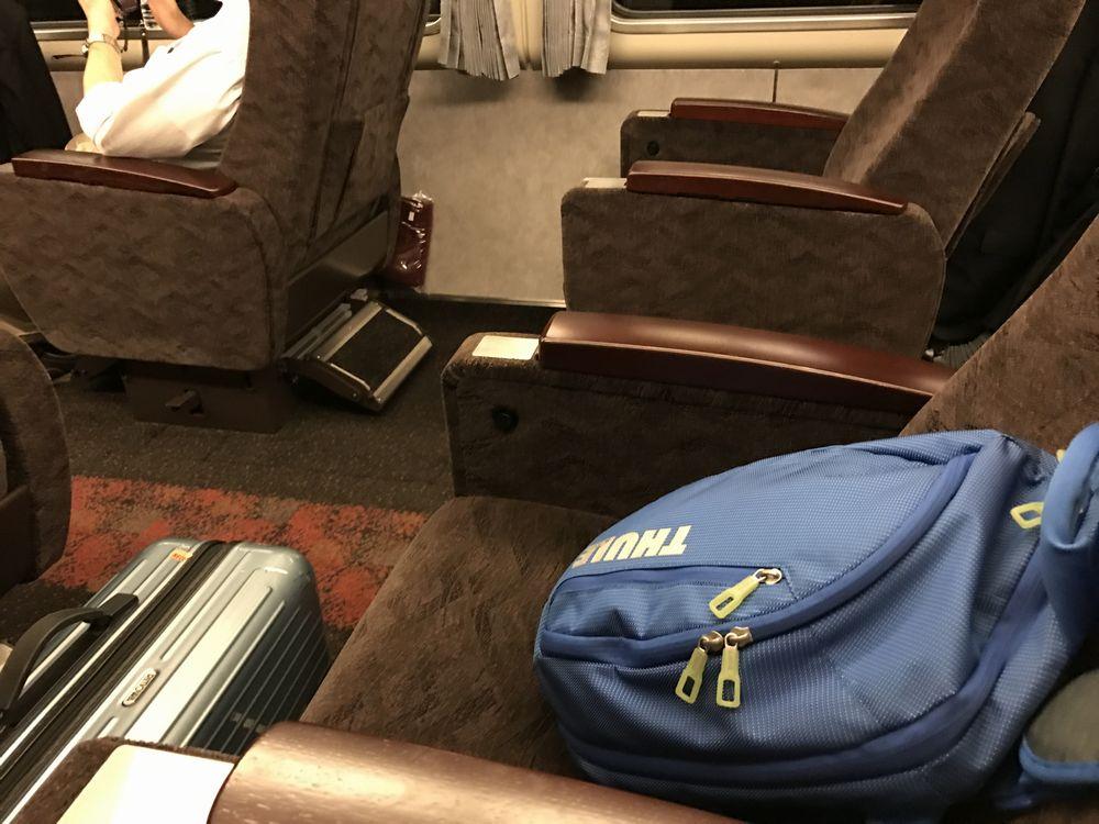 サンダーバード31号のグリーン車の座席配置