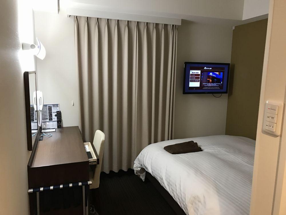 ABホテル金沢の禁煙シングル(窓側)