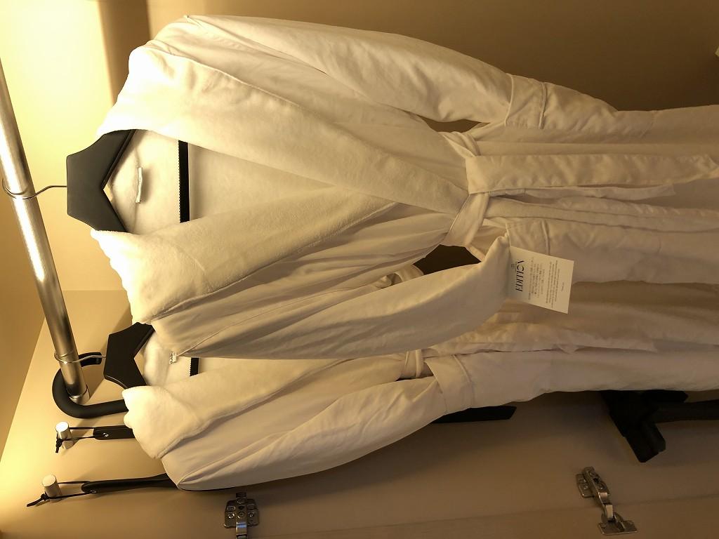 東京エディション虎ノ門のボッテガのバスローブ