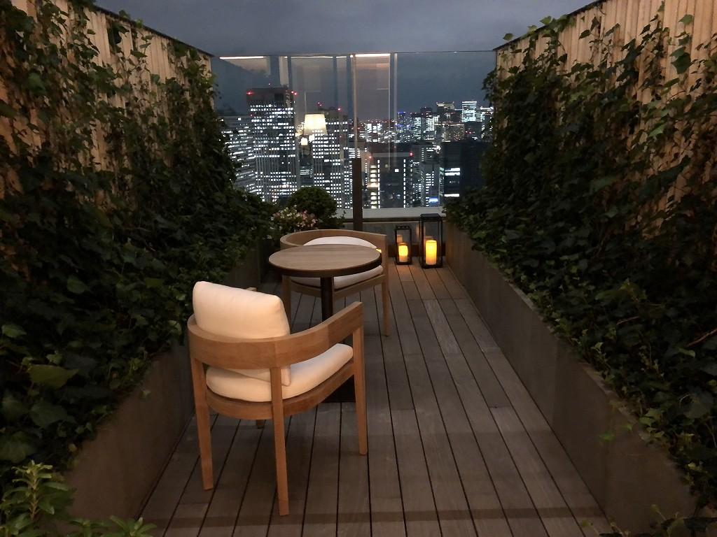 東京エディション虎ノ門のスタジオテラスのテラスからの夜景6