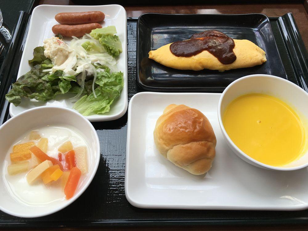 森のレストラン ニニヌプリの朝食