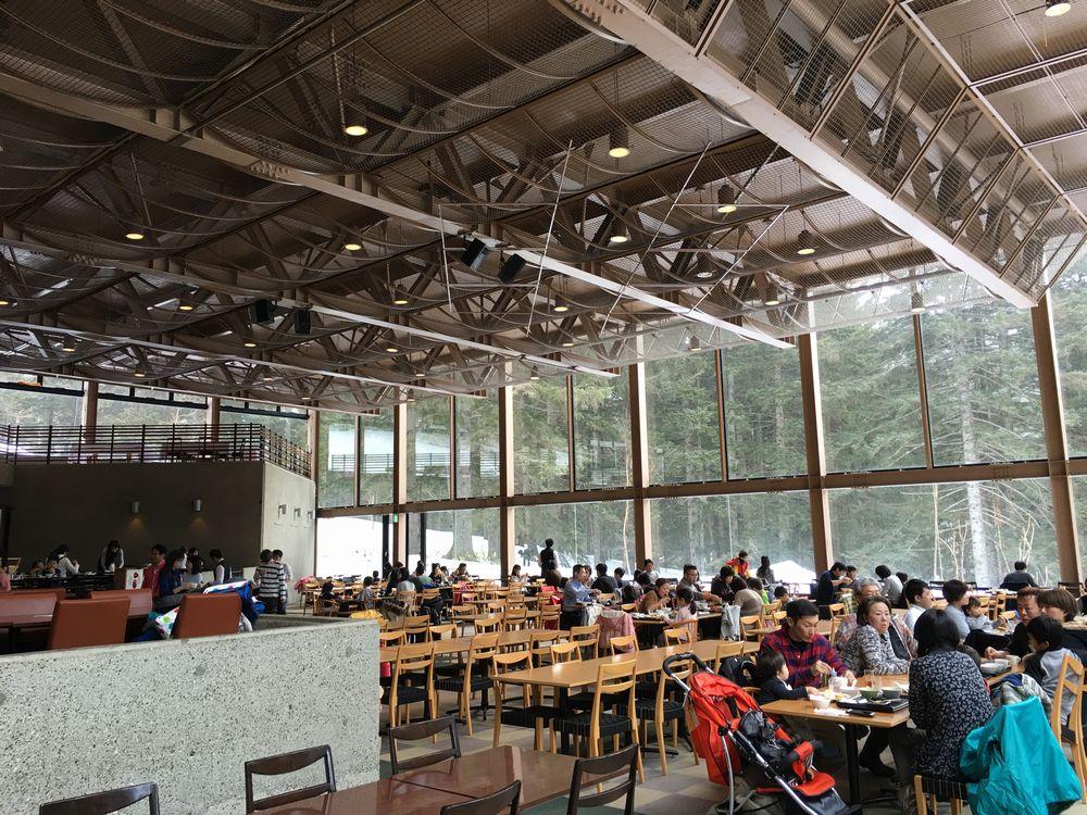森のレストラン ニニヌプリの内観2