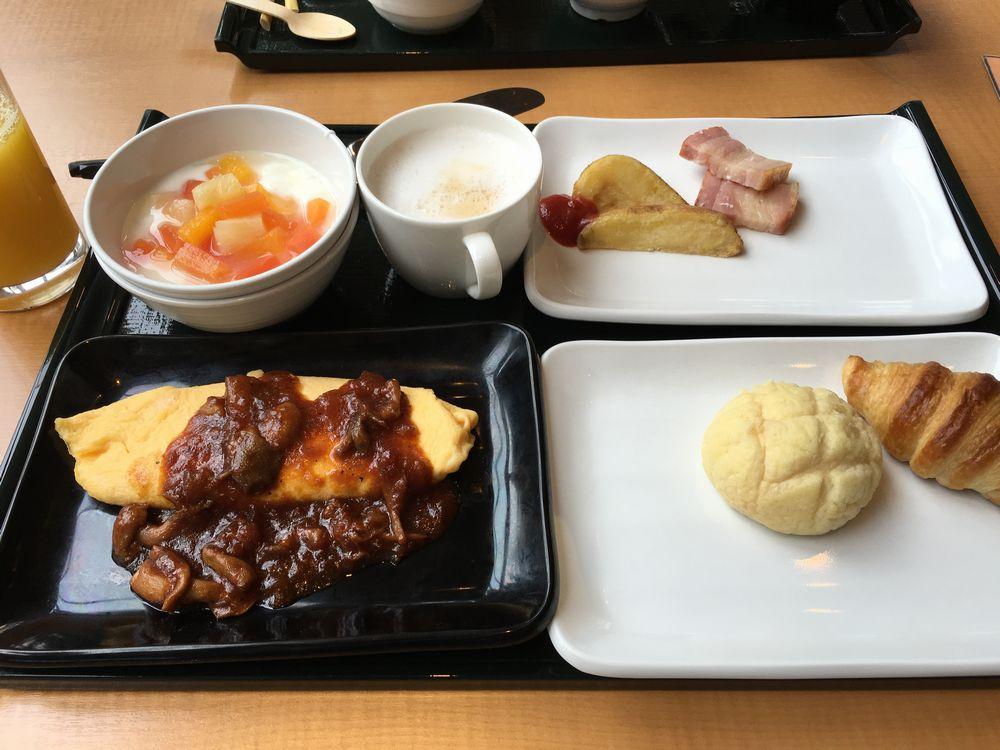 森のレストラン ニニヌプリの朝食(2日目)