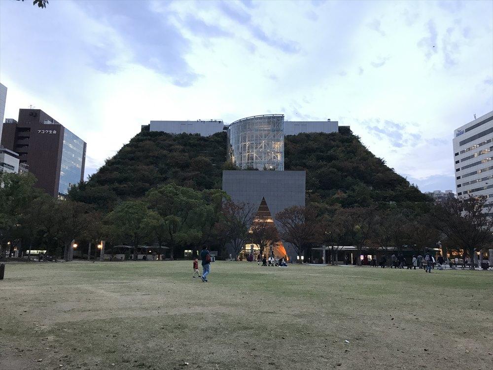 天神中央公園からアクロス