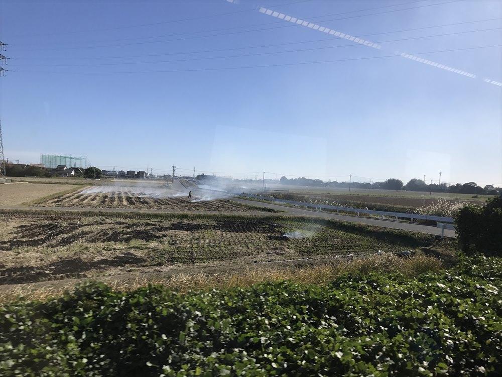 佐賀市の稲刈りの後の野焼き