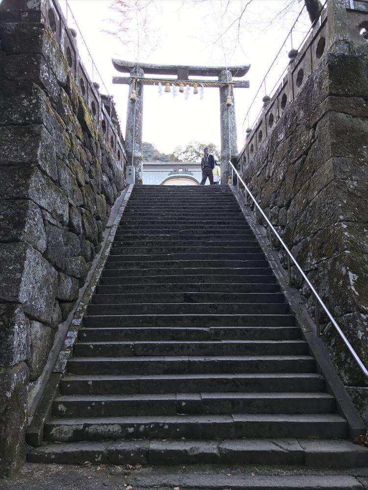 武雄神社の社殿への階段