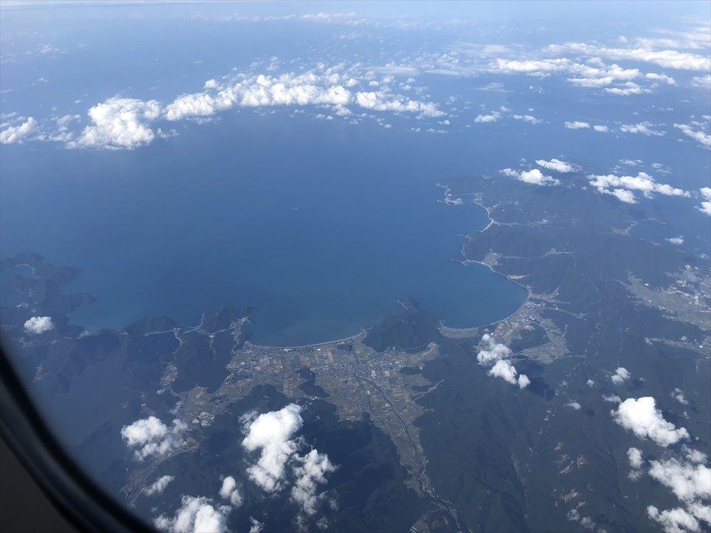 ANA1101便から見た美浜町