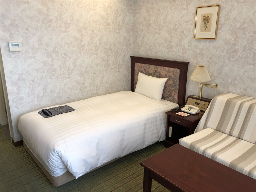 ホテルモナーク鳥取のデラックスシングルルーム3