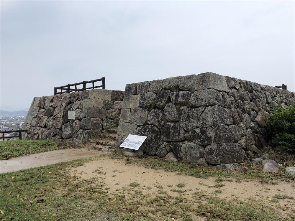 鳥取城の二の丸跡の三階櫓跡