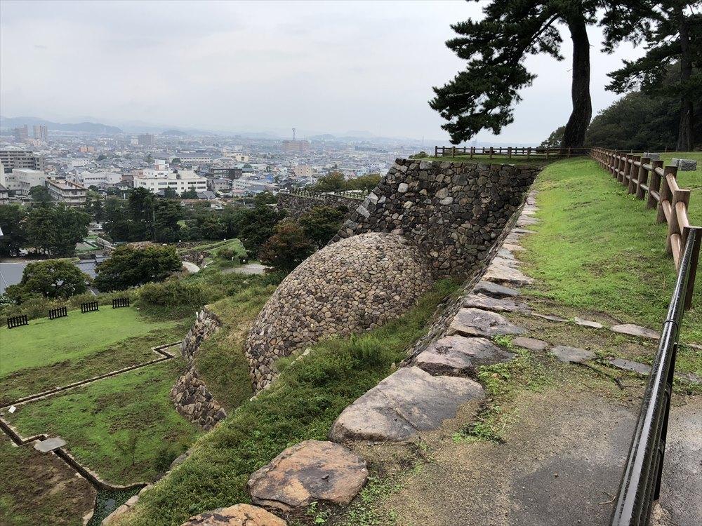天球丸の巻石垣1