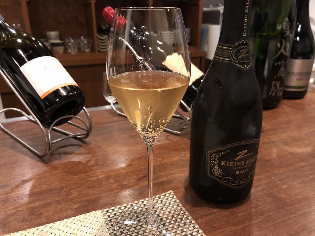 豊田市の割烹 なり田のスパークリングワイン