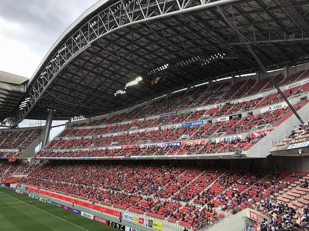 豊田スタジアムの客入り1