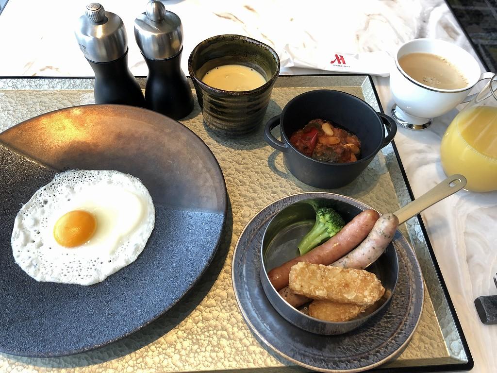 名古屋マリオットアソシアホテルのコンシェルジュラウンジの洋食のセットメニュー1