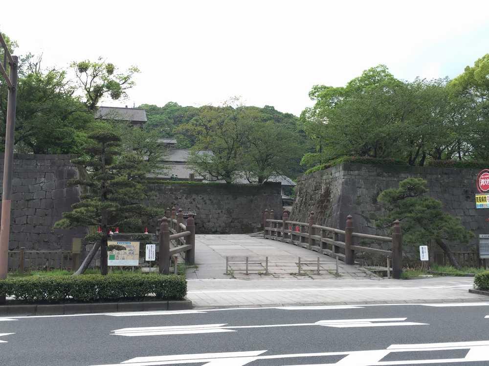 鶴丸城跡画像