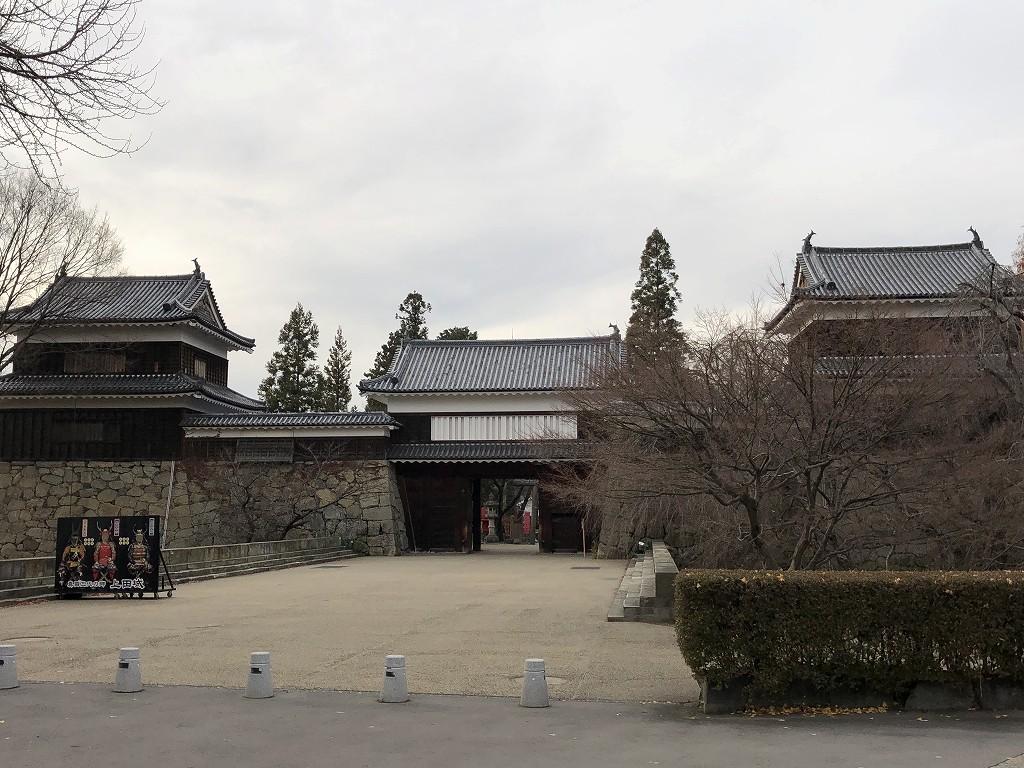 上田城の本丸東虎口の櫓門1