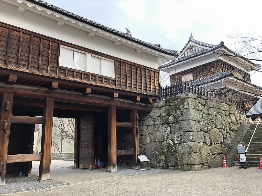 上田城の本丸東虎口の櫓門5
