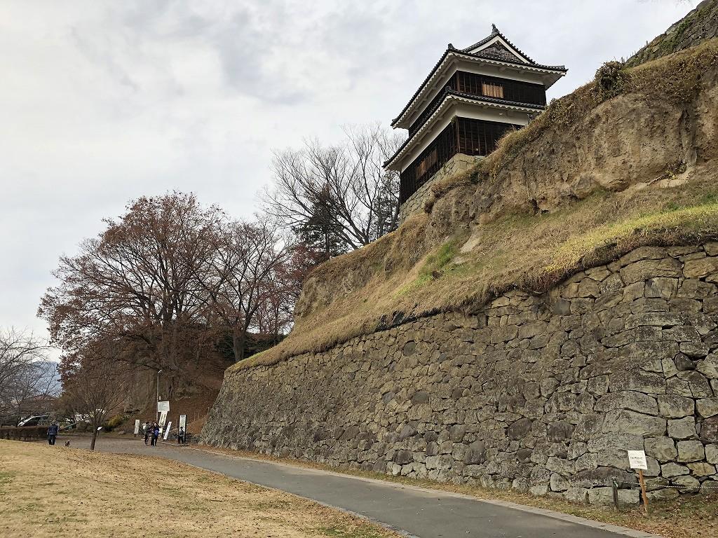 上田城の尼ヶ淵の崖7
