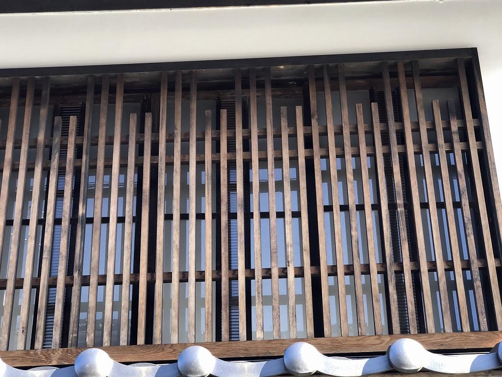 上田市の柳町の親付き切り子格子
