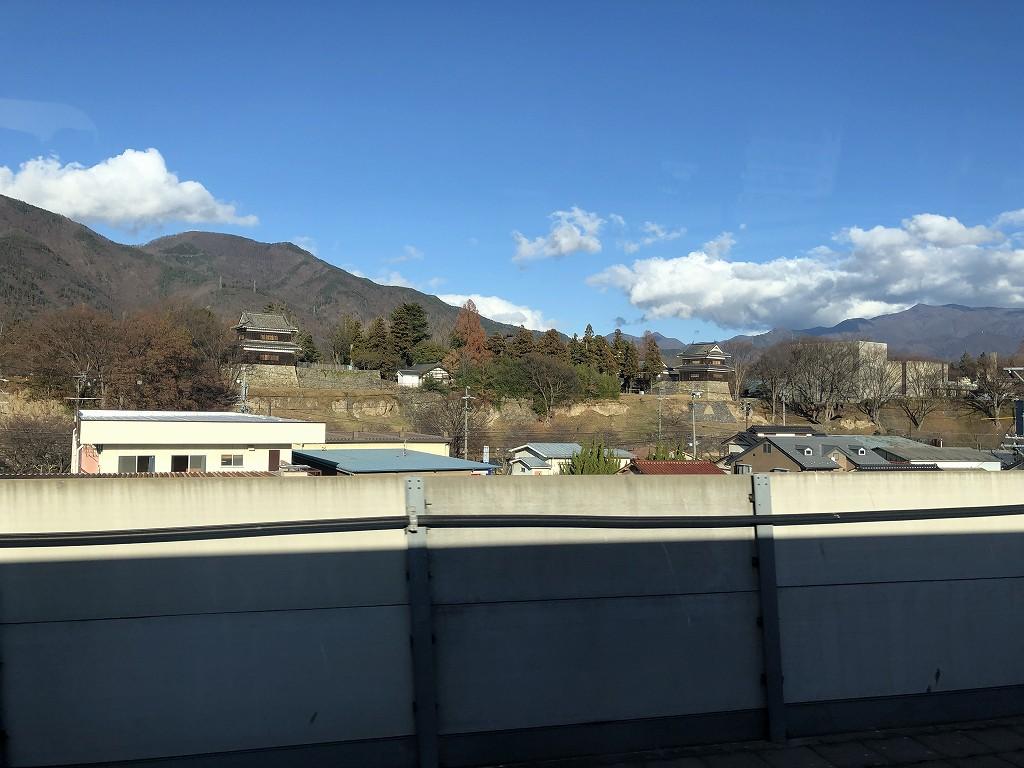 あさま613号から上田城の櫓