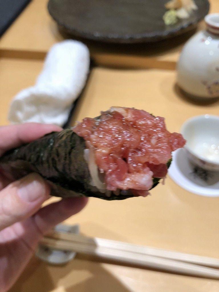 金沢の「すし屋 小桜」のトロたく