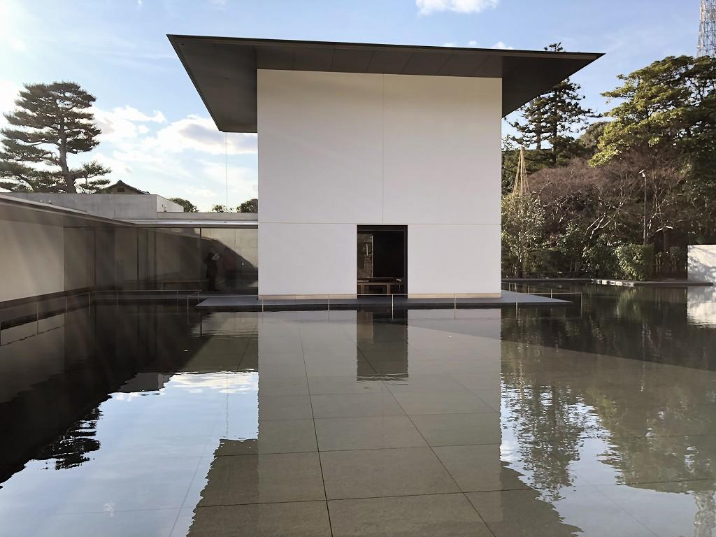 鈴木大拙館の水鏡の庭2