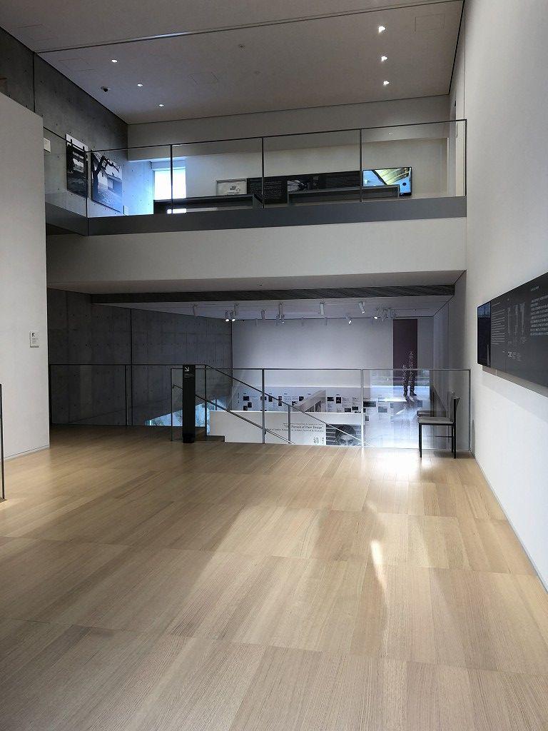谷口吉郎・吉生記念 金沢建築館の地下と2階