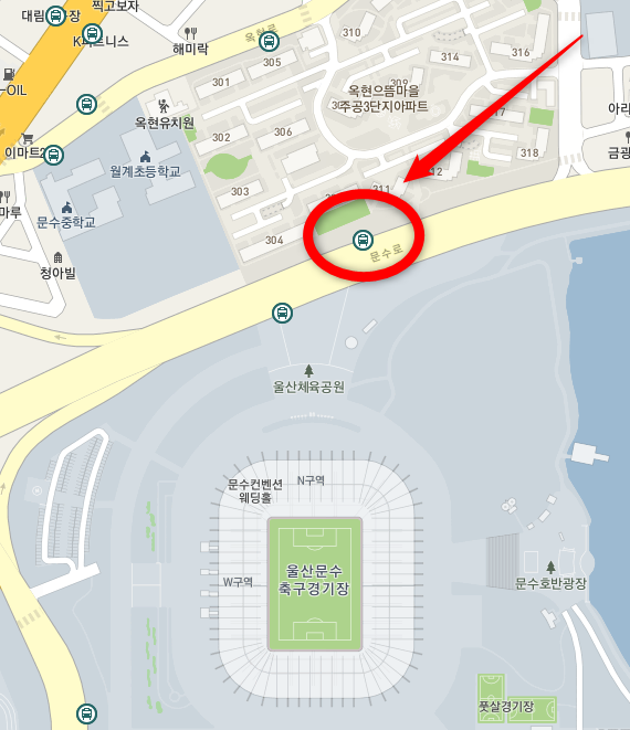 文殊競技場のバス停(老圃駅方面)