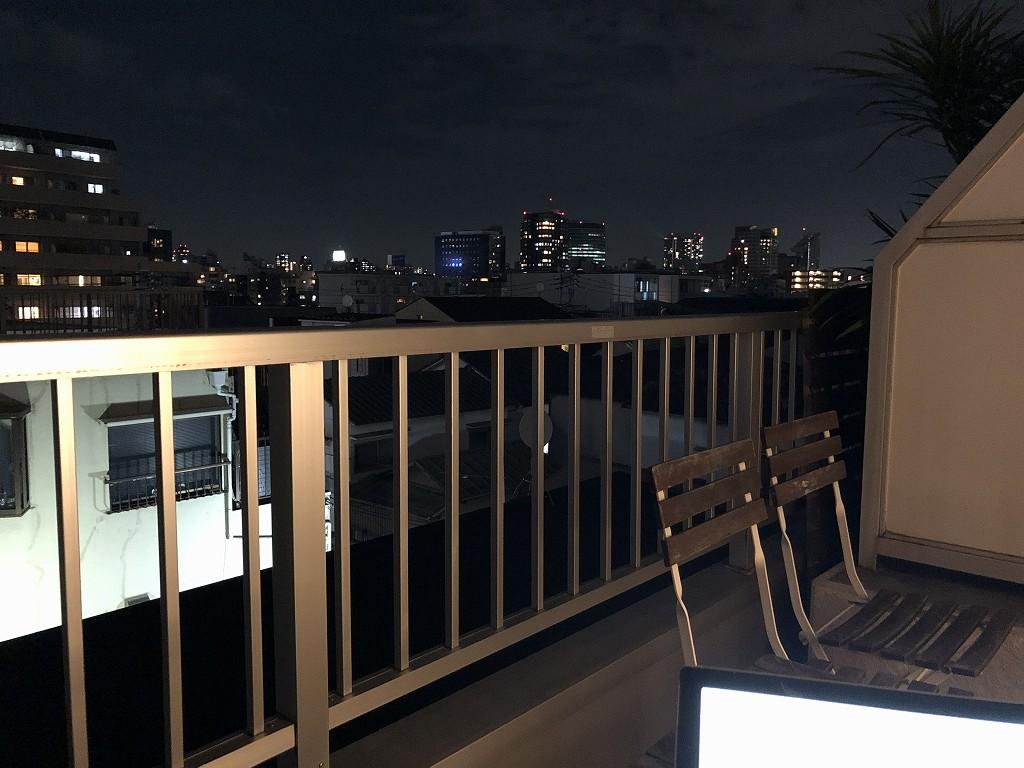 UNPLAN Kagurazakaの夜のテラス席から