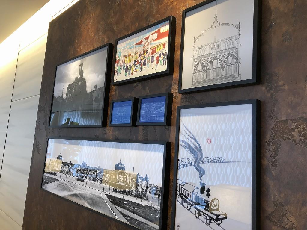 ビューゴールドラウンジの壁の展示1