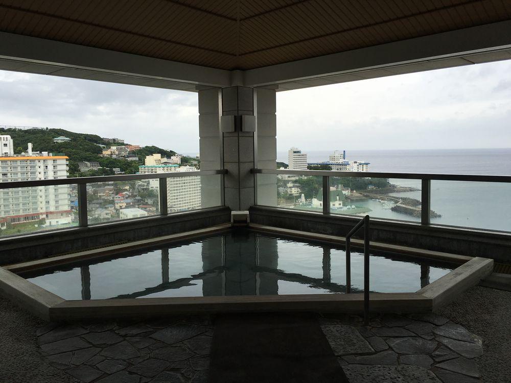 ホテルラフォーレ南紀白浜の露天風呂1