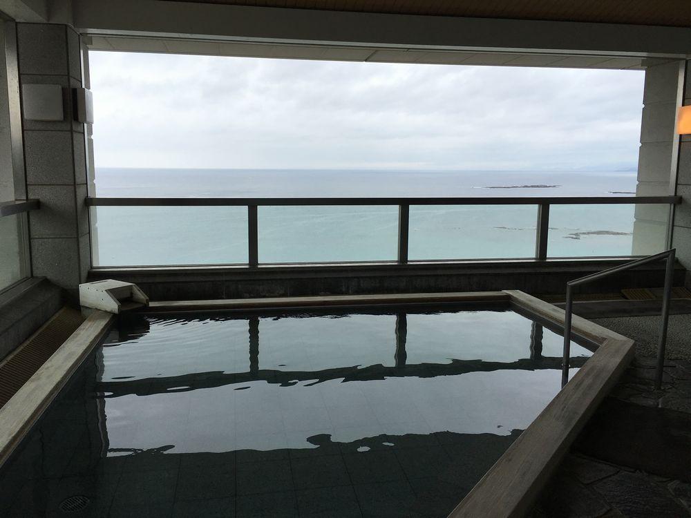 ホテルラフォーレ南紀白浜の露天風呂2