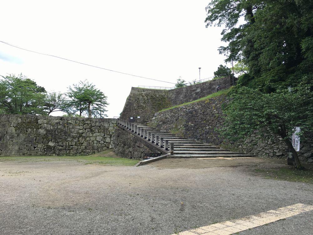 和歌山城の階段1