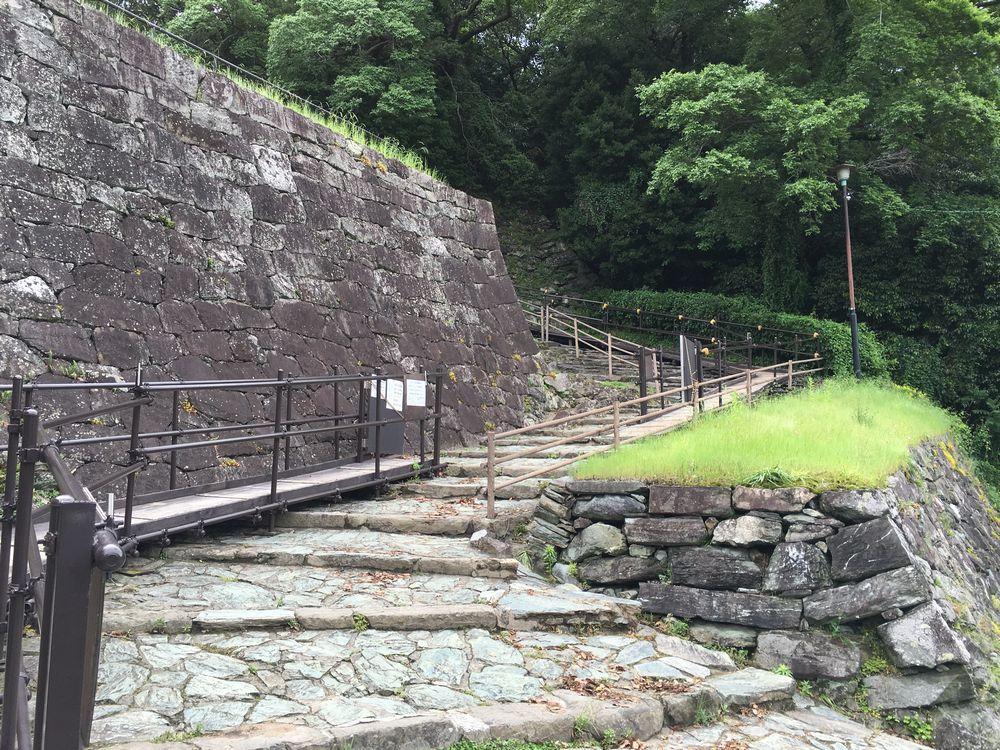 和歌山城の階段3