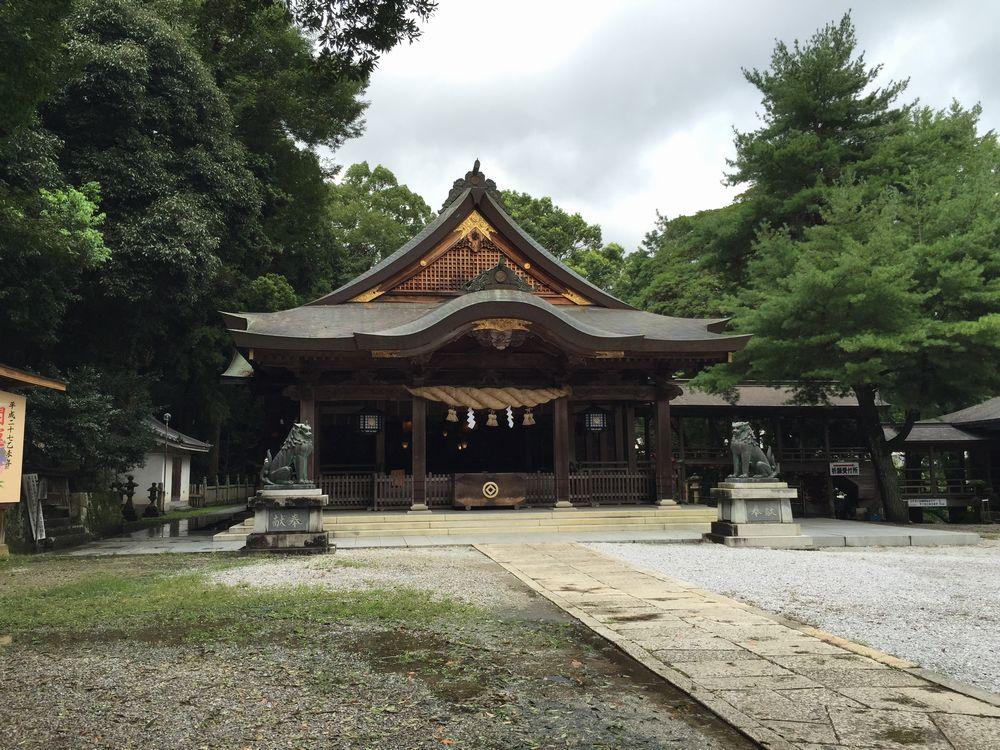 和霊神社の石造りの本殿