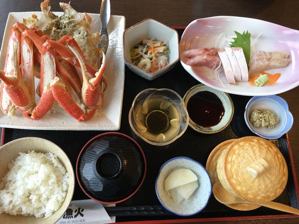 米子の漁火の松葉ガニ定食