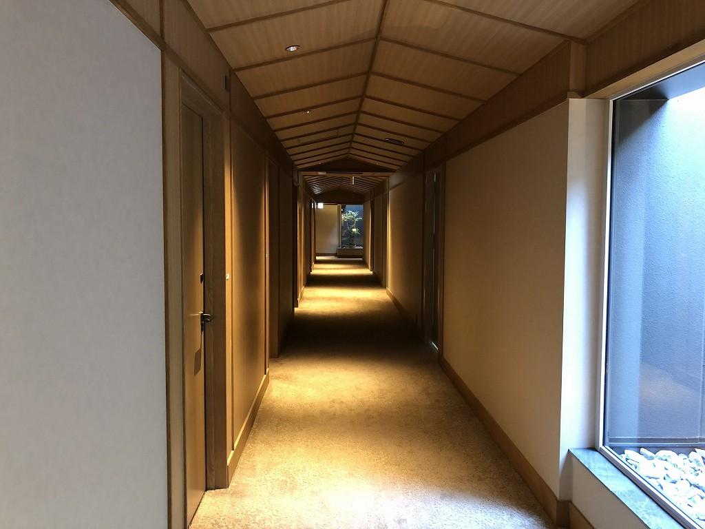 由縁別邸 代田の2階の廊下2