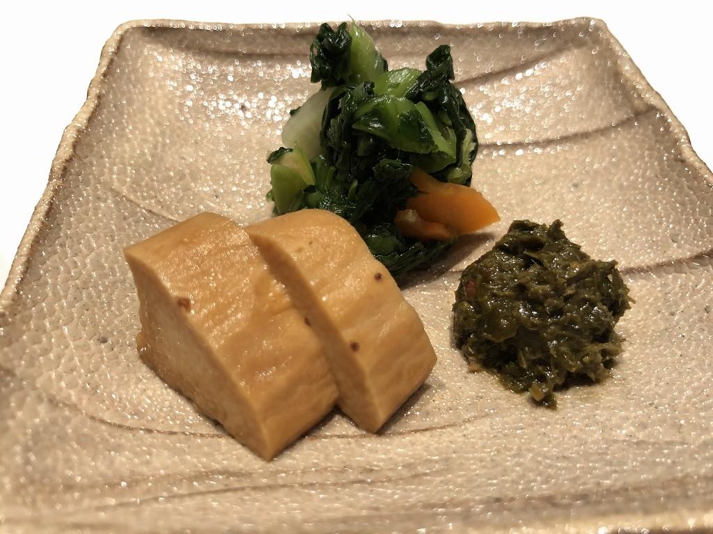 由縁別邸 代田の「割烹 月かげ」の晩飯の漬物