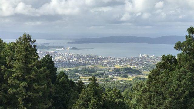 七尾城跡の本丸跡から日本海