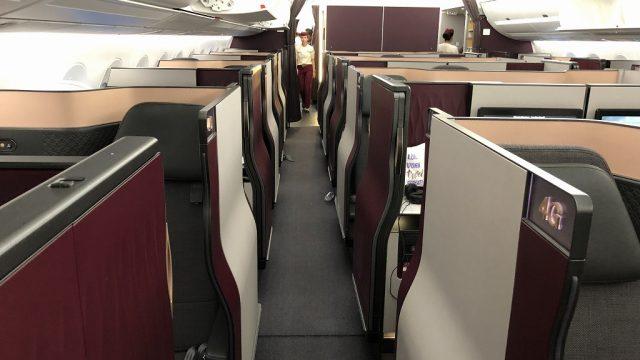 カタール航空のQR813便のQsuite