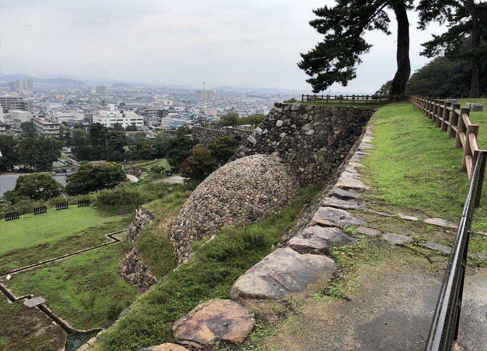 鳥取城跡の天球丸から巻石垣